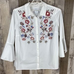3/$25🛍️Charter Club Embroidered Button Down Shirt
